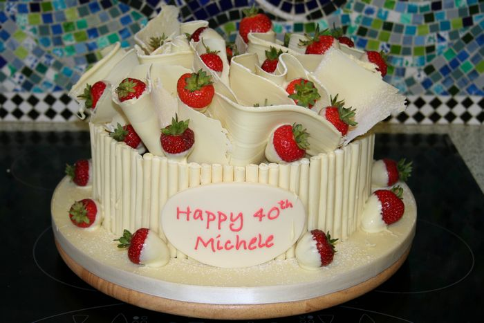 Gallery Birthday Chocolate White Cake With Strawberries